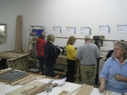 2009 Santas Club Workshop_11